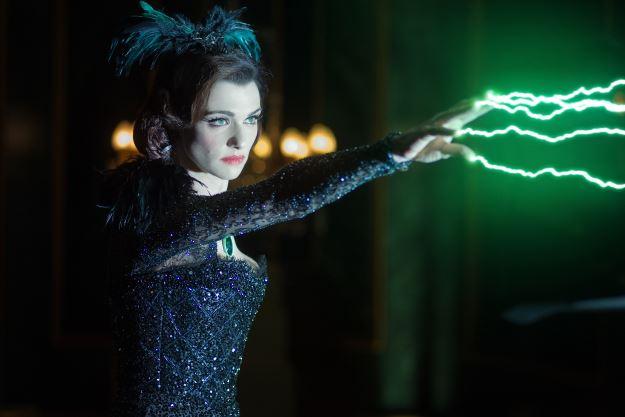 Rachel Weisz as Evanora