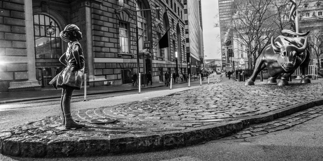 Wall Street bull vs. little girl statue